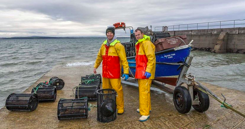 Vincent & Gavin O'Brien bringing pots ashore in time for Christmas
