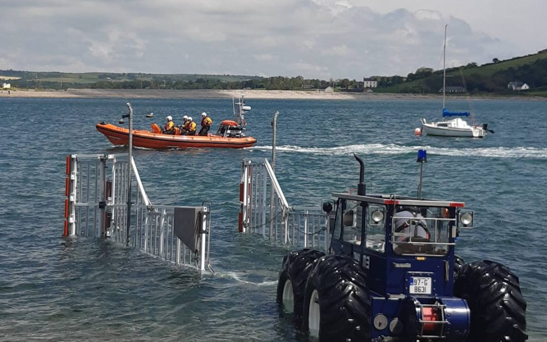 Youghal RNLI assists fishing vessel