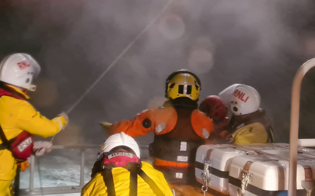 Castletownbere RNLI launch to ill fisherman